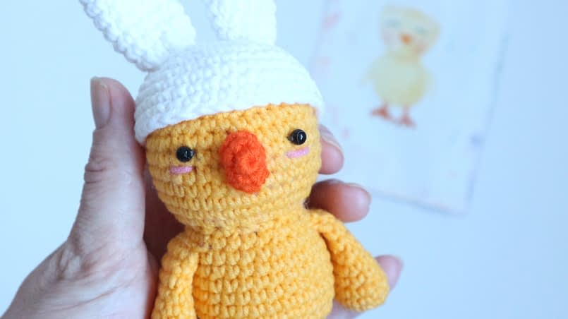 chicken with bunny ears crochet free pattern