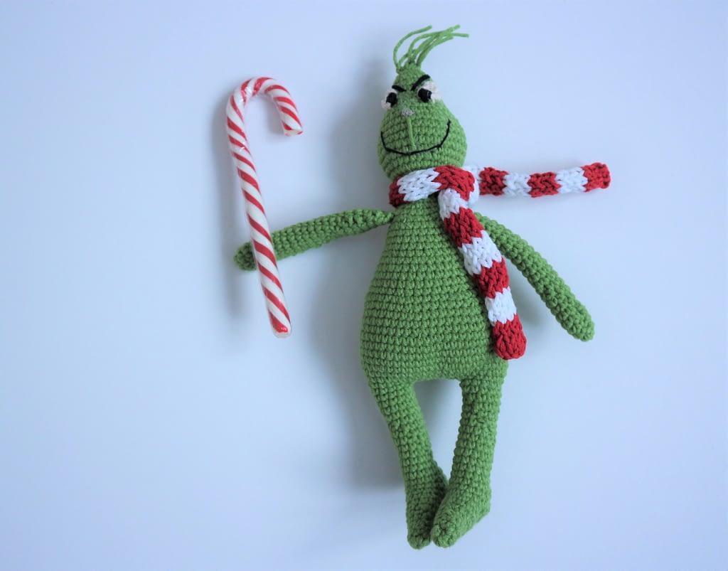 гринч крючком амигуруми вязанная игрушка