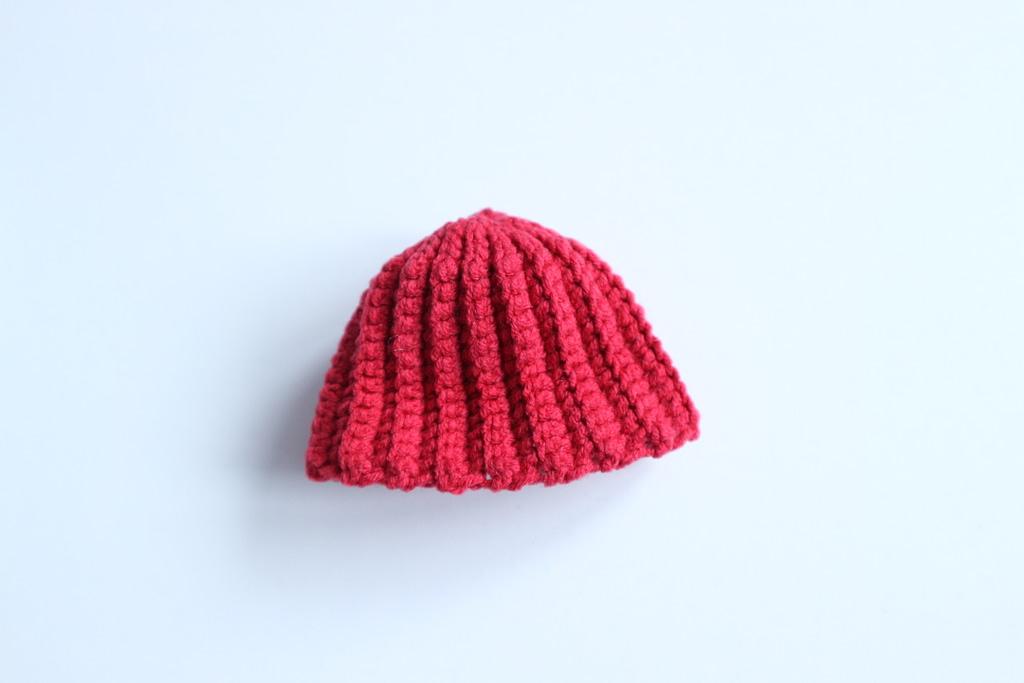 crochet hat of snowman toy